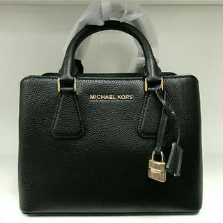 Ready stock Michael kors Camille Black small satchel