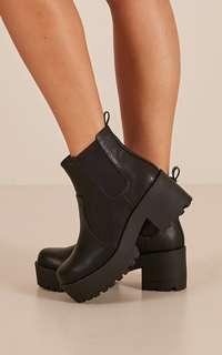 LIPSTIK - Eamon Boots