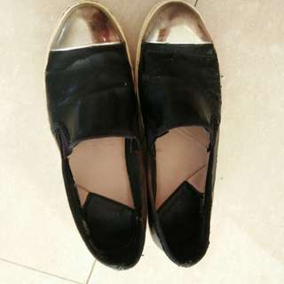Stradivarius slip on