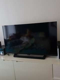 "🔥🔥(PRICE REDUCE)🔥🔥 Philips 32"" TV - used (kindly read below)"