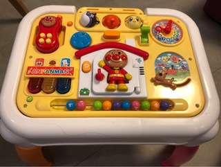 麵包超人玩具枱