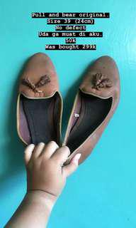 Flat shoes pull and bear