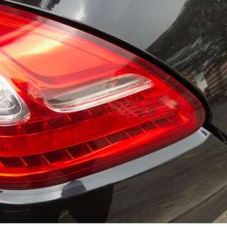 Porsche Panamera 10-13 Pair Set of Left and Right Taillights Tail Lamps