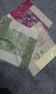 3 Set Sarung Bantal China