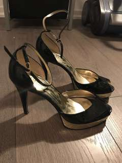 Guess heels peep toe size 6