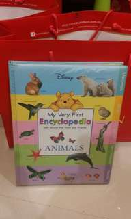 Disney My Very First Encyclopedia with Winnie the Pooh &Friends