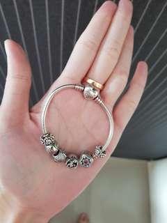 Pandora bracelet (gelang aja)