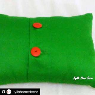 Kylla Home Decor - Green Cushions