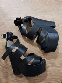 Tony Bianco size 6 heels