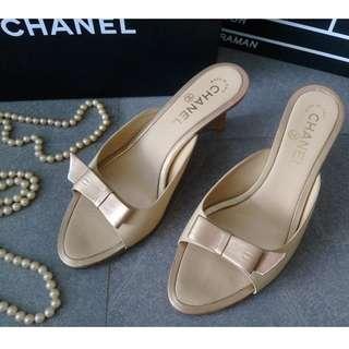 Chanel 楔型鞋 鵝黃+香檳金色 羊皮 蝴蝶結雙C logo 37號 約23.5公分足長適 跟高6公分