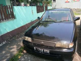 Mobil nissan sunny B13 th 1997