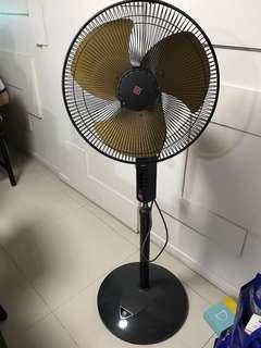 KSK Standing Fan