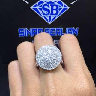 Cincin berlian tabur