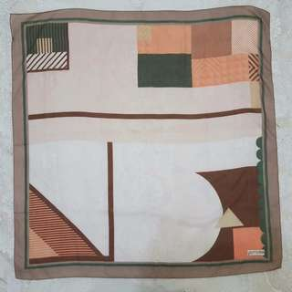 Hijab Square (lluvia.moda19)