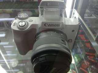 Camera Canon M50 bisa di cicil proses cepat