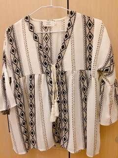 圖騰雪紡/可當罩衫/喇叭袖