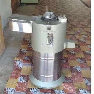 Mesin proses air kacang soya