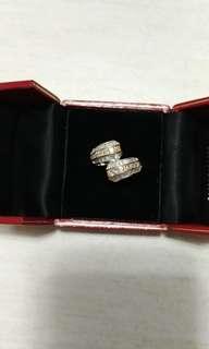 18K黃白色黃白金鑽石戒指