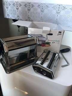 Stevens pasta machine