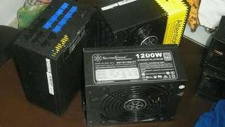 發燒級 80PLUS 白金 1000w 全模組電源 智能無風扇模式