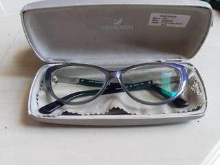 Kacamata swarovski ori