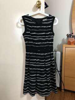 Size 6 Forcast dress