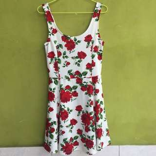 Divided jersey roses dress