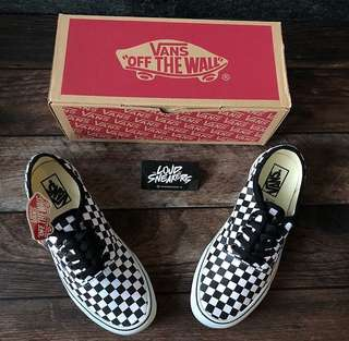 Vans authentic checkered