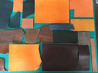 🚚 20 pcs leather scraps