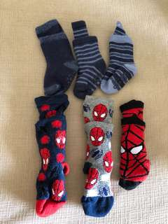 Mothercare / Carter's set of 6 Socks (3-12M)