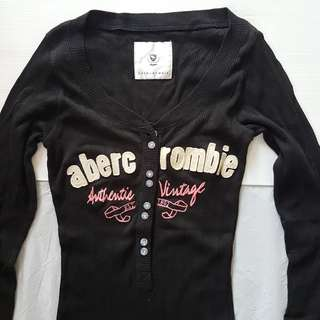 🚚 Vintage A&F Fashion, Rare Abercrombie & Fitch Designer Sports Shirt, Soft Tee Long Sleeved Design, Black Color, Lady Model, Original, Authentic, Hip Hop, Hippies, Iconic, Stylish, Street Fashion, Daily Style