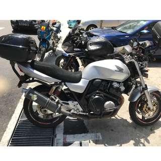 Honda CB400 Vtec-2