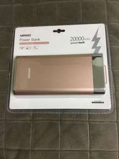 MINISO粉紅色流動充電器power bank 20000mAH
