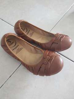Obermain flat shoes