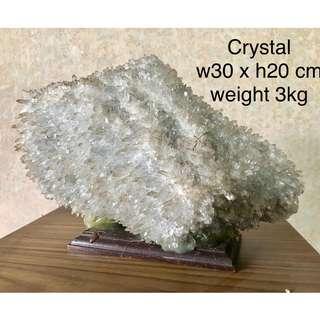 Crystal : W30 cm x H 20 cm (3 kg)