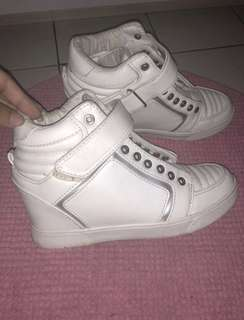 Bershka Sneakers wedges