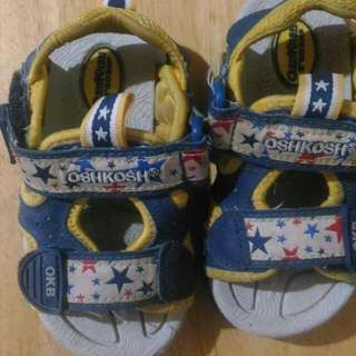 Oshkosh Sandals Size 14 Vguc Price:150 Steal: With Your Price ❎ No Deletion Of Comment ❎ No Cancellation Of Order