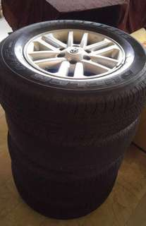 Fortuner stock mags for sale with tires. 60% thread life 17inches