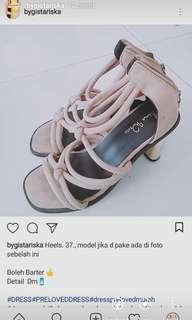 Heels, sepatu