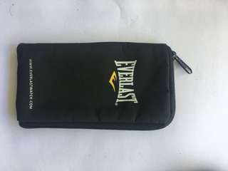 Everlast pouch