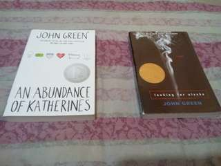 John green book. Abundance of Katherines and Looking for Alaska