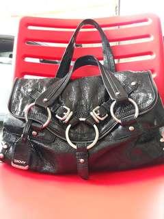 Sale !!!DKNY bag
