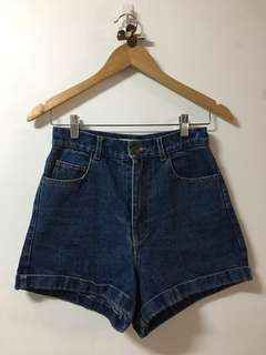 High Waist Short 28-29 Used once, good as new, very nice in actual..