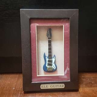 Framed Guitar Display Set