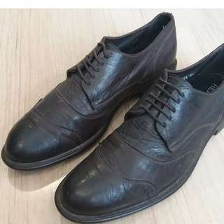 Brown Kenneth Cole Leather Dress Shoes