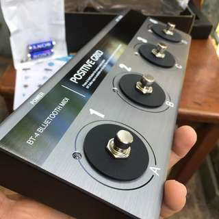 Bluetooth MIDI pedal ( BT-4 from Positive Grid )