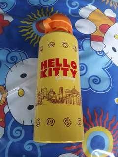 HELLO KITTY WATER TUMBLER