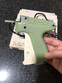 Tagging n labeling gun