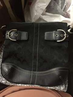 AUTHENTIC sling bag coach
