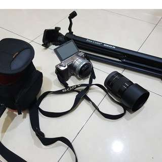Sony a5100 mirrorless + Tripod stand + Sony 50mm F1.8 lens